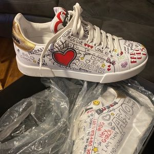 Womens Dolce & Gabbana sneakers size 39